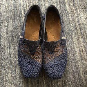 Toms Lace Crochet Navy Blue, 8 W